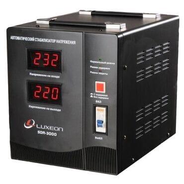 Стабилизатор напряжения LUXEON SDR-3000VA: 1800Вт, 220V
