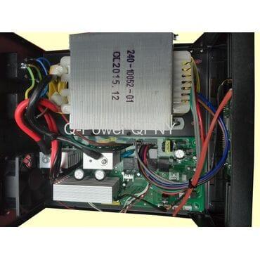 Бесперебойник Q-Power QPNY1012: 1000Вт, 12/220V